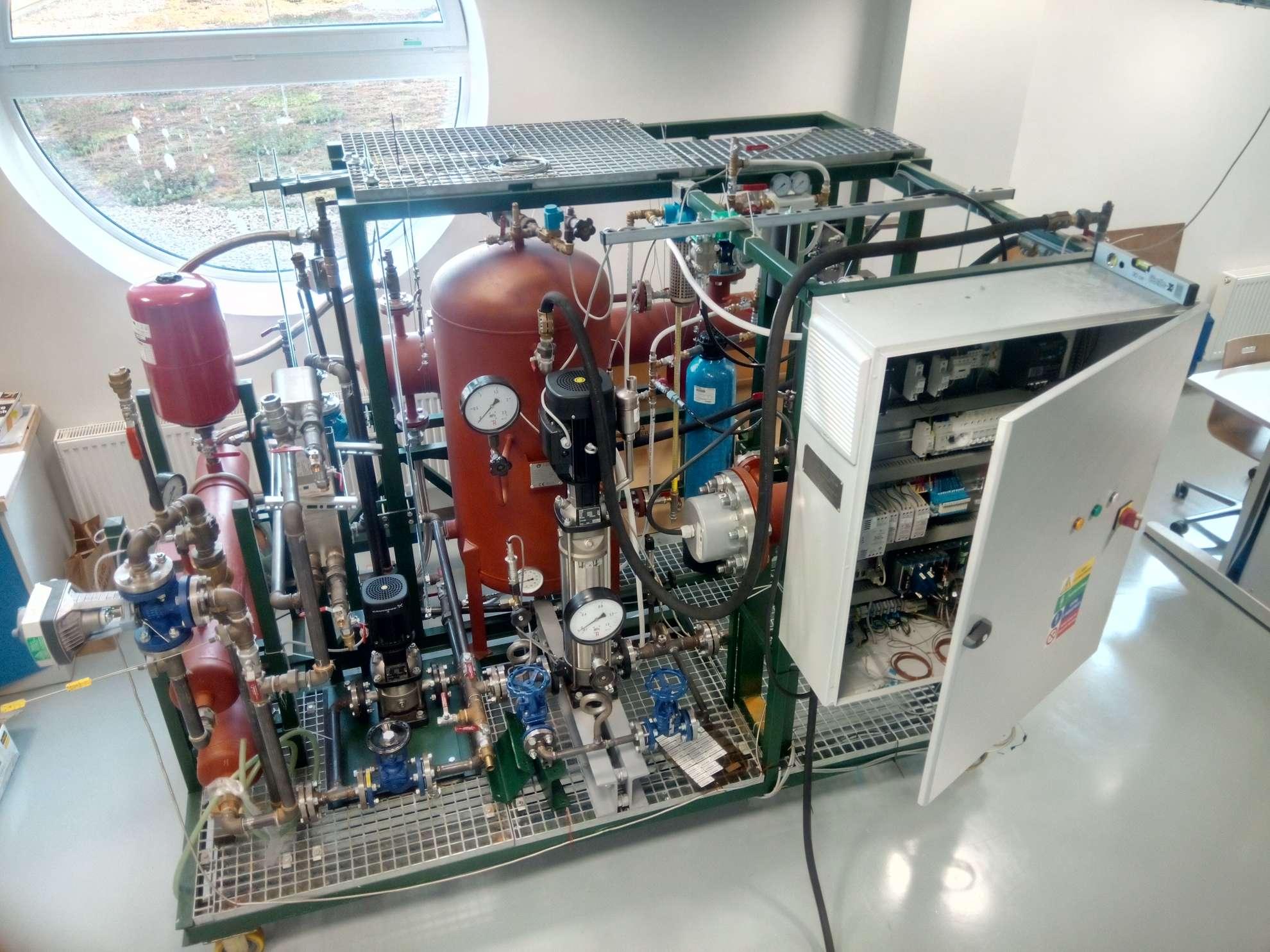 Pracovní skupina KALUP - Zařízení M.R.C.H.A. - Mobile Research Critical Heat flux Aparatus pro měření parametrů pokrytí jaderného paliva v blízkosti krize přestupu tepla