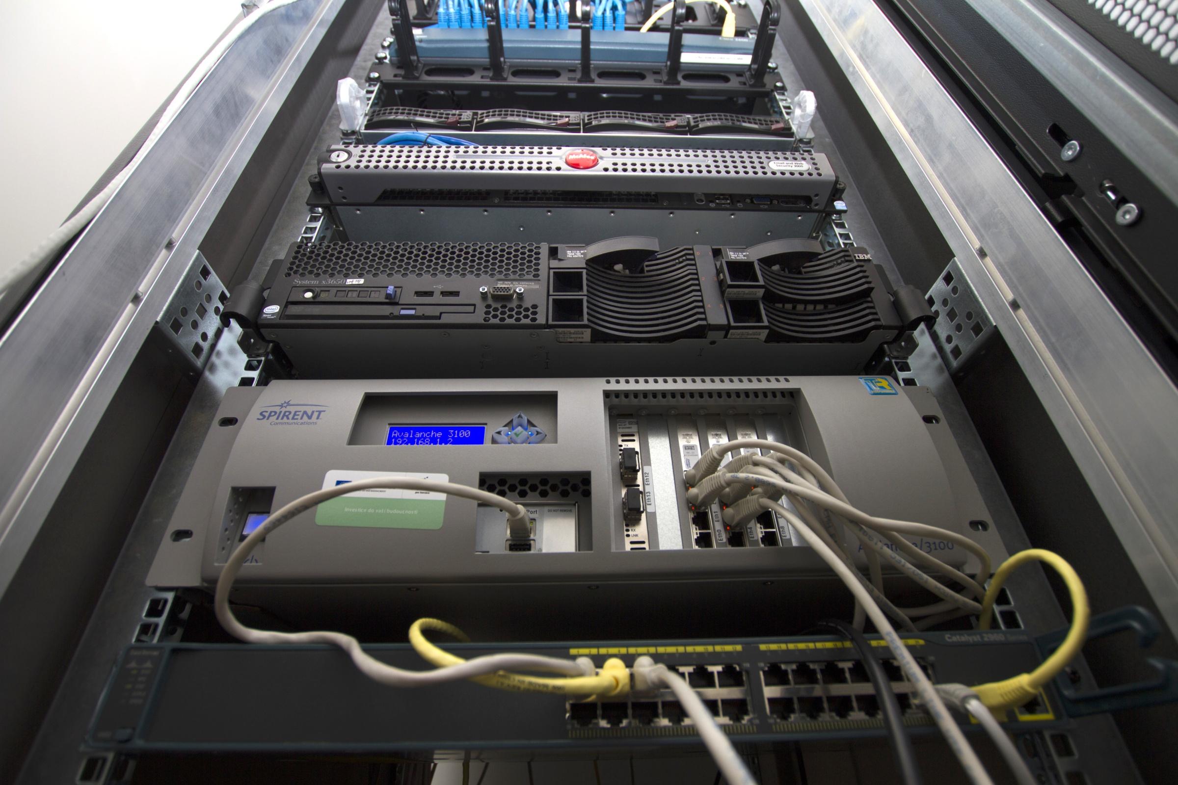 Advanced Cybersecurity - Generátor kybernetických útoků