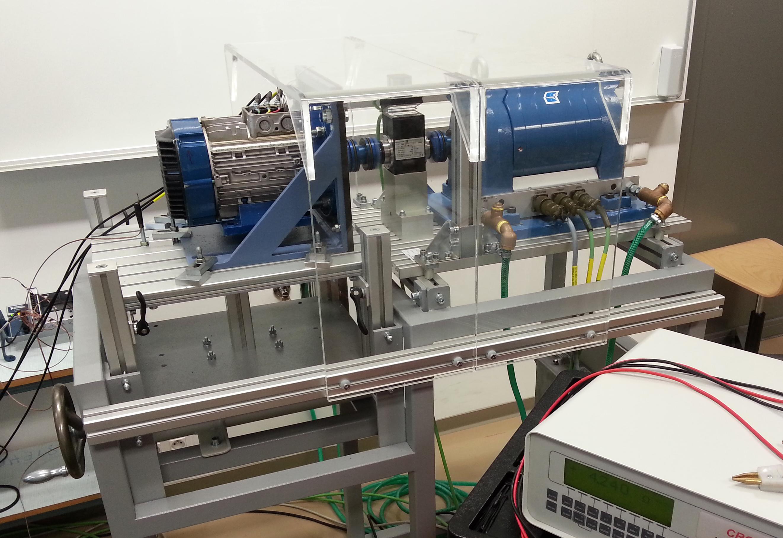 Laboratoř speciálních elektrických strojů - Nový typ asynchronního stroje při zkouškách na dynamometru